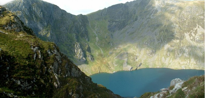 Paths to the summit of Cadair Idris